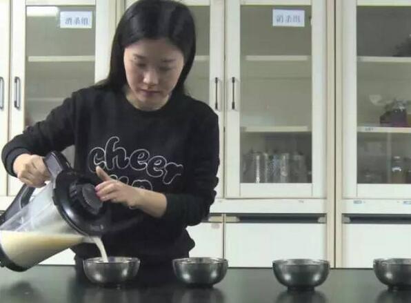 路边早餐店豆浆放6小时后 细菌增加80倍