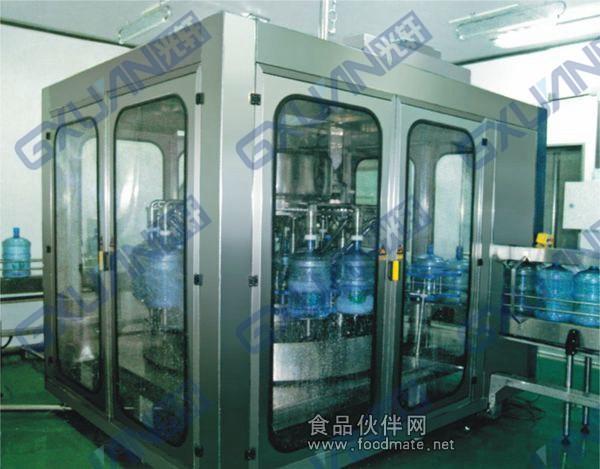 五加仑自动灌装机